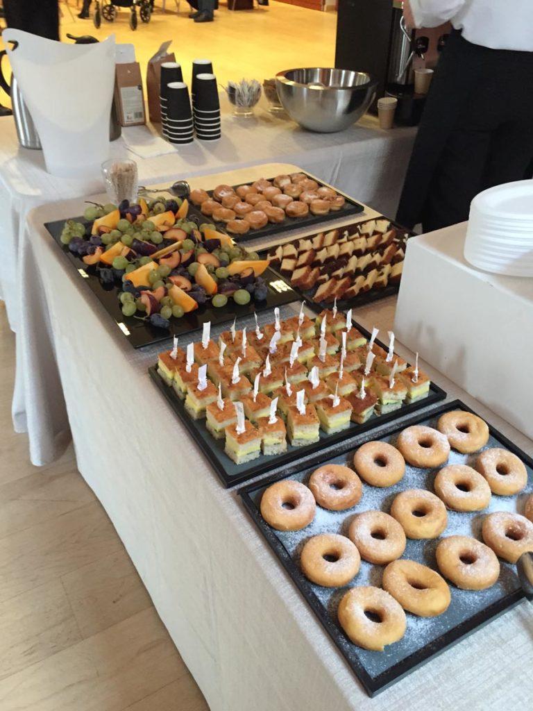 coffee break buffet2 768x1024 - Catering für Veranstaltungen