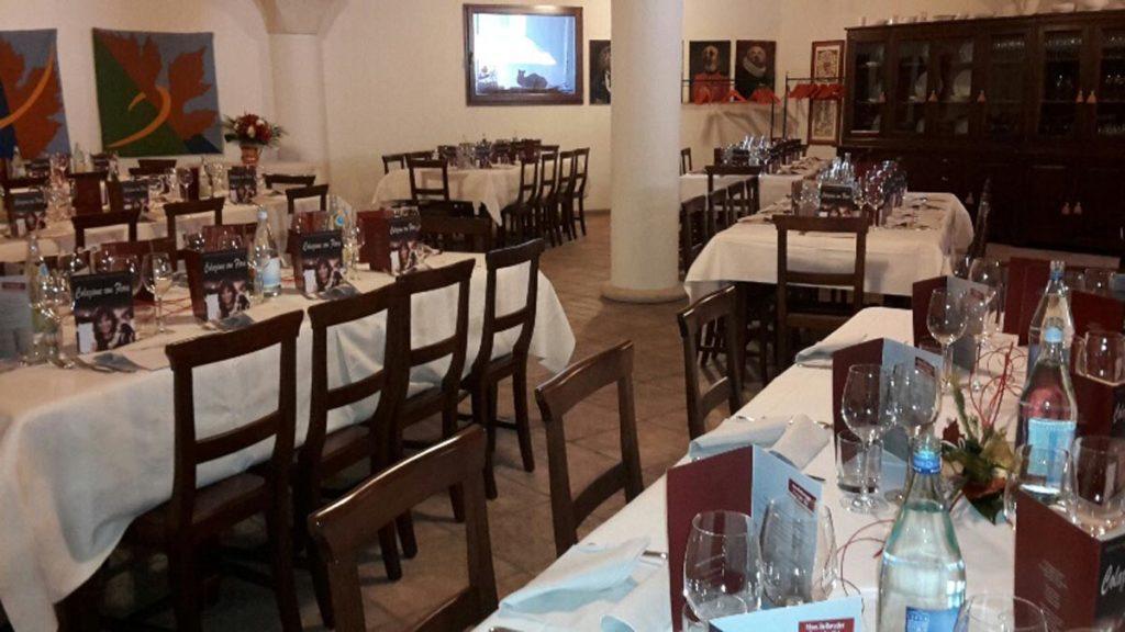 tavolo rettangolare 18 1024x576 - Catering für Hochzeiten