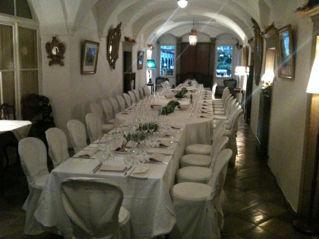 tavolo rettangolare 3 1024x768 - Catering für Hochzeiten