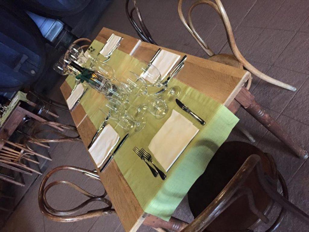 tavolo rettangolare 8 1024x768 - Catering für Hochzeiten